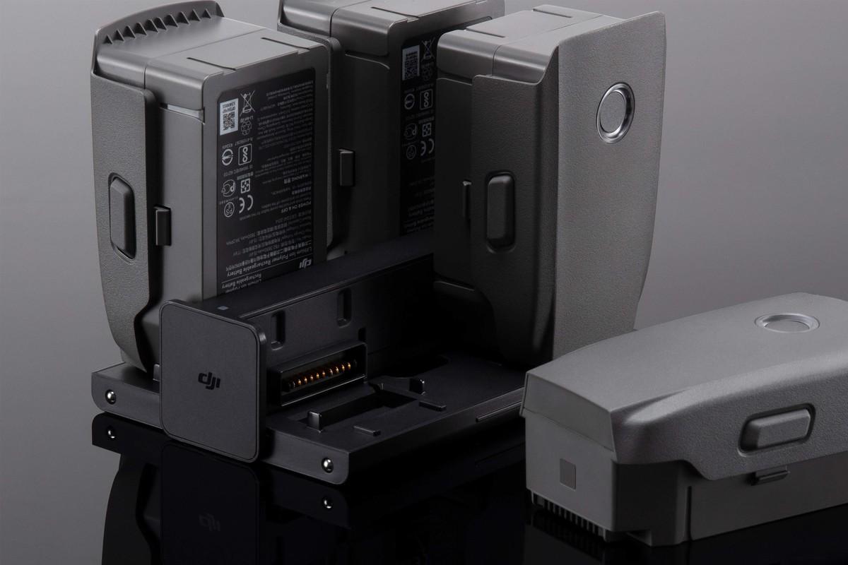 CP.MA.00000056.01 Black DJI Mavic 2 Battery Charging Hub for Mavic 2 Zoom Mavic 2 Pro Drone Quadcopter Power Adapter Charger